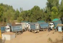 illigal-sand-mining-in-hosangabaad-50-dumpers