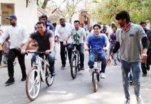 salman-khan-cycling-in-maheshwar-shooting-start-of-dabang-3