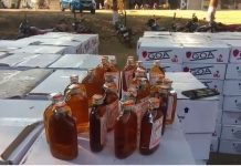 police-seize-illegal-liquor-of-42-lakhs