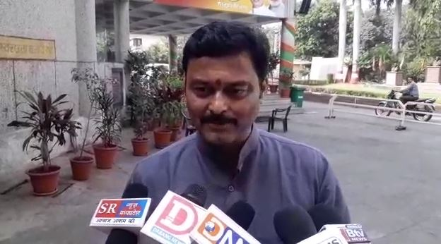 BJP-Minister-claim-of-forming-government-in-Madhya-Pradesh