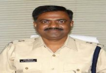 agar-malwa-sp-giving-clean-chit-corrupt-policeofficer