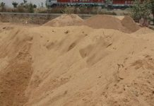 sand-mafia-illegal-mining-in-chhatarpur