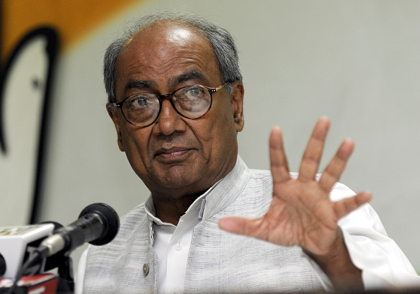 -Kamal-Nath-claim-will-win-more-than-140-seats-Digvijay-prediction-different-