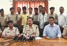 Illegal-weapons-caught-in-Jabalpur-before-Lok-Sabha-elections