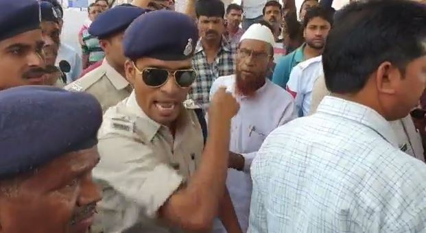 chatarpur-police-si-threatened-to-shoot-to-traders