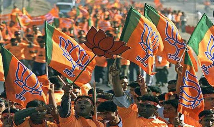 bjp-taking-feedback-from-rss-in-mp-election-2018