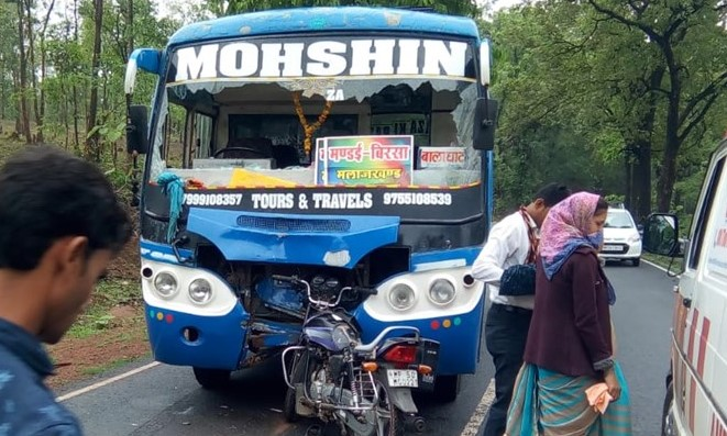 accident-of-bike-and-bus