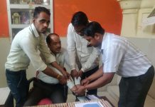 District-Education-Officer-caught-during-taking-bribe-in-ratlam-