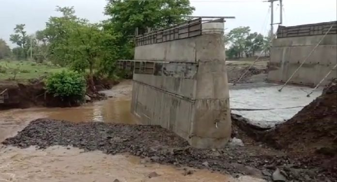 Diversion-bridge-collapsed-in-first-rain-contractor-mistake-come-front