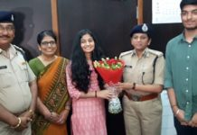 police-department-honored-to-daughter-of-policemen-