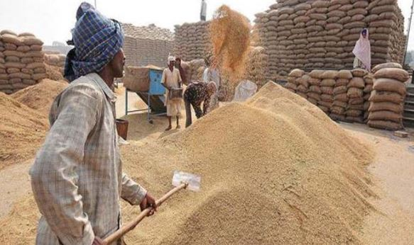 Changing-system-of-crop-purchasing-for-raising-the-question-of-Digvijay-singh