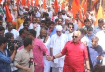 sadhu-sant-roadshow-in-bhopal-for-digvijay-singh-