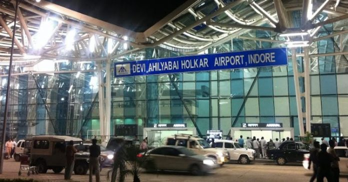 -Youth-caught-with-fake-ID-in-indore-airport-caught-in-police-investigation