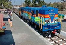 heritage-train-at-mahu-from-kalakund-in-madhya-pradesh-