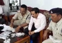 -5-lakh-jewels-recovered-from-businessman