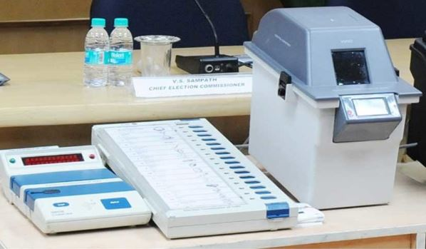 -Battery-can-be-removed-from-VVPAT-after-voting-instruction-of-EC