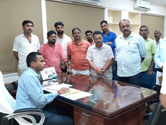 collector-order-company-to-pay-50-lakh