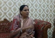 chachoda-bjp-ex-mla-says-Officer-working-as-a-agent-of-Congress-in-guna