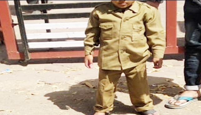 3-year-old-hassan-came-to-give-testimony-in-police-uniform-murder-of-his-mother-by-father