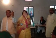 Narendra-Tomar-voting-comment-on-the-claim-of-scindia-victory