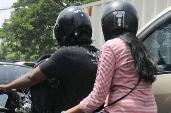 mp-transport-commissioner-instruction-Two-helmets-will-be-given-with-the-bike-