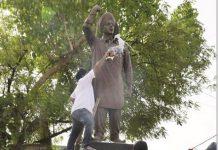 after-priyanka-road-show--sikh-society-purified-the-statue-of-shaheed-bhagat-singh-indore-madhya-pradesh