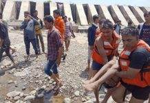 death-of-three-young-men-from-drowning-in-river-khargoun-madhypradesh-
