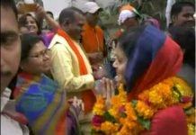 ex-mayor-sameeksha-and-minister-meet-toghethe-in-election-in-gwalior
