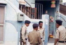 lokayukta-raid-on-sub-engineer-of-phe-department-unaccountable-property-found-in-mp