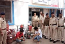 Three-accused-arrested-for-unauthorized-auto-filling-gas