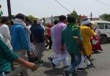 damoh-congress-candidate-Pratap-Singh-Lodhi-nomination-rally-violates-code-of-conduct-in-mp