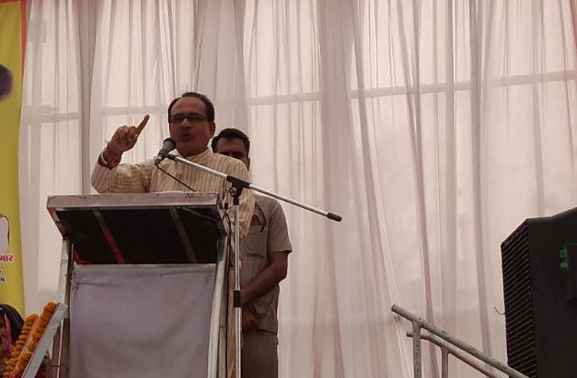 Shivraj-did-claim-to-get-enough-seats-in-MP-and-Gujarat