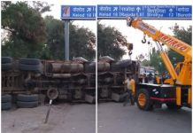 truck-turn-on-police-choki-in-dewas