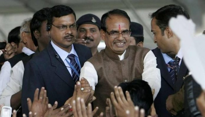 ex-cm-shivraj-singh-chauhan-to-connect-with-his-user-on-social-media-in-mp