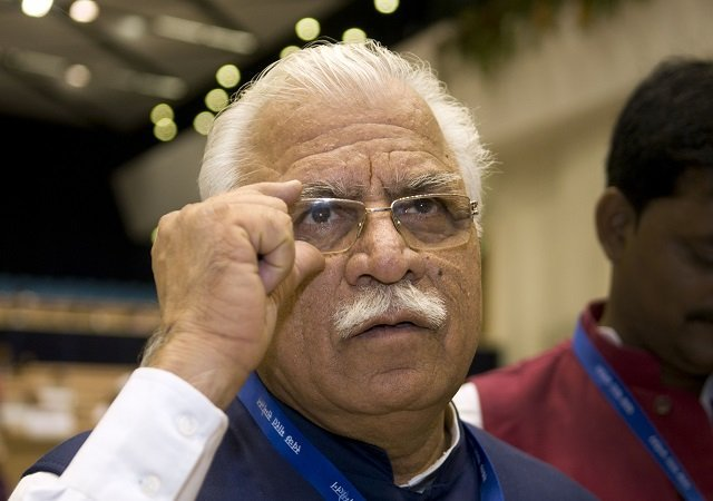 haryana-cm-manohar-lal-khattar-gave-another-controversial-statement-over-rape-case