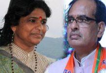 former-ias-shashi-karnawat-campaigning-against-cm-shivraj-in-madhya-pradesh-
