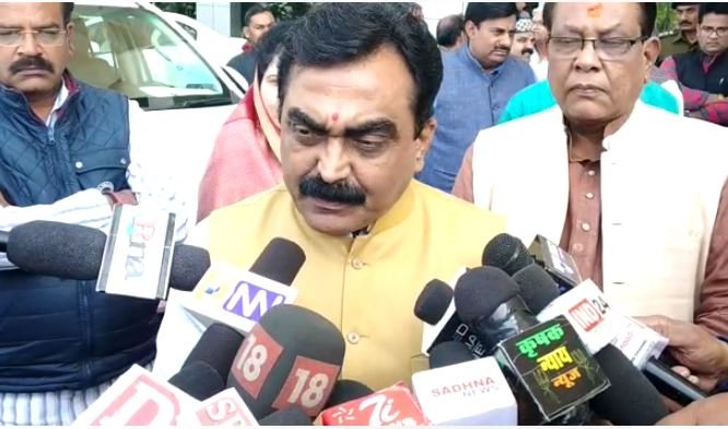 Rakesh-Singh-said-bjp-will-be-on-the-streets-if-the-government-does-not-correct-the-law-system-during-the-time