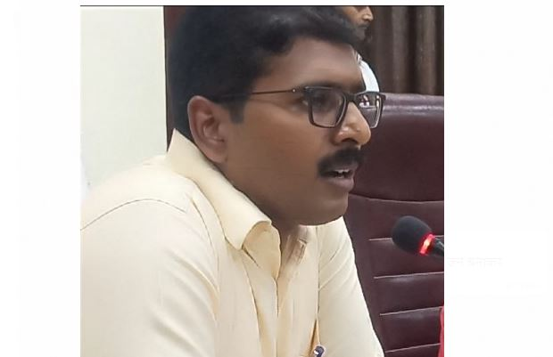 bhind-collector-order-to-stop-payment-of-food-contractor-