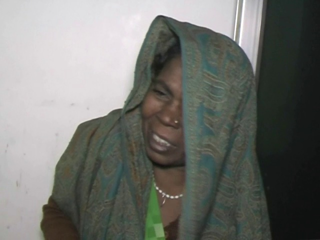 women-caught-by-police-who-kidnap-children-for-begging
