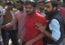 -Kanhaiya-Kumar-opposed-in-Gwalior-Hindu-army-worker-threw-ink