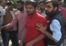 -Kanhaiya-Kumar-opposed-in-Gwalior-Hindu-army-worker-threw-ink