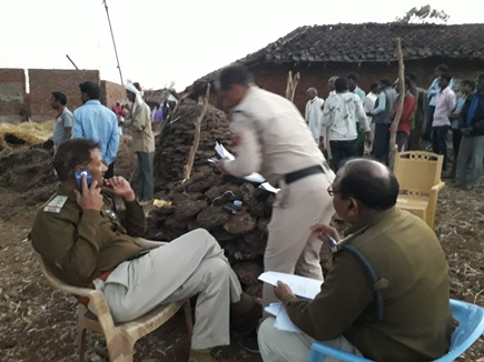 Painful-incident-in-dindori-district--fire-in-grass-in-the-house-two-innocent-live-burnt