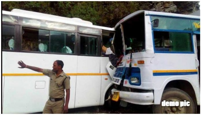 two-bus-collision-in-khalghat-dhar-two-passengers-died-dhar-madhypradesh
