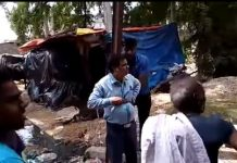 villagers-tied-up-panchayat-secretary-with-a-electricity-pole-ratlam