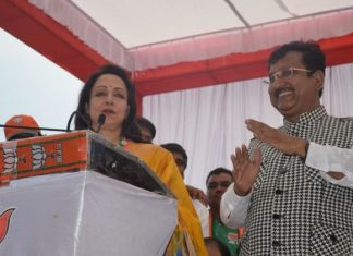 film-actress-and-mp-hema-malini-election-campaign-in-khandwa-for-vijay-shah