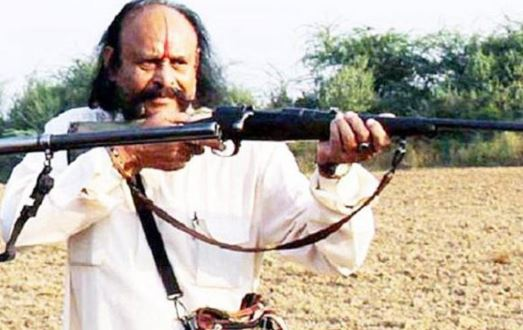 chambal-beehad-dacoit-malkhan-singh-says-i-will-fought-to-pak-with-700-dacoits