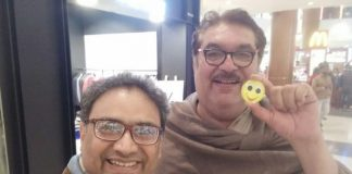 Be-Happy-and-Make-Others-Happy--Raza-Murad-joined-in-Smiley-Live-Campaign-with-vibhanshu-joshi