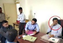 Co-operative-Deputy-Commissioner-arrested-for-taking-big-bribe-of-Lokayukta-Rs-1-lakh