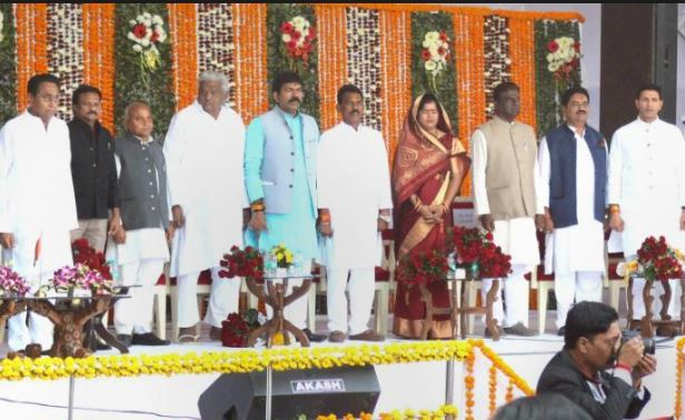 Madhya-Pradesh-government-website-lists-dropout-ministers-as-graduates