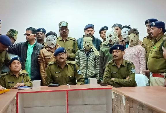 Double-murder-and-robbery-exposed-in-ashoknagar-